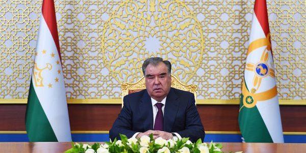 Поздравительное послание Лидера нации Эмомали Рахмона в честь Дня Победы