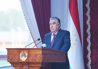Выступление Лидера нации Эмомали Рахмона на встрече с активом и жителями Ховалингского района
