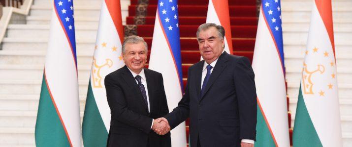 Мулоқот бо Президенти Ҷумҳурии Узбекистон Шавкат Мирзиёев
